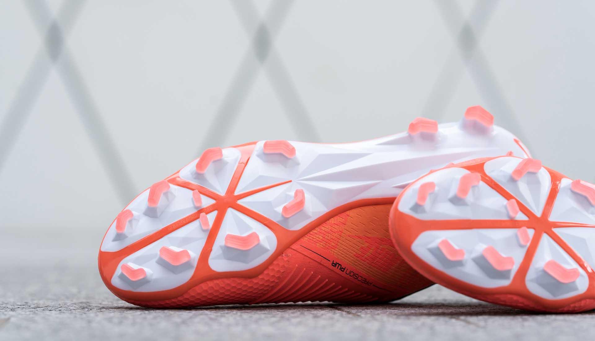 giày đá bóng Nike Phantom VSN Fire