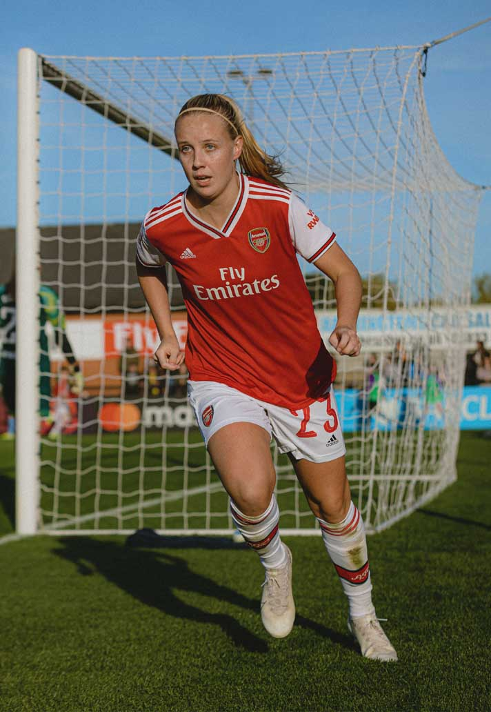 28-framed-arsenal-city-women-min.jpg