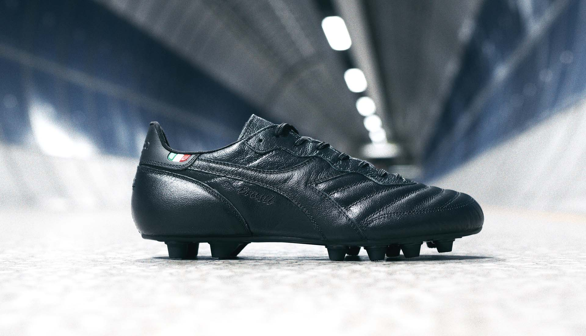 1-diadroa-brasil-blackout-boots-min.jpg