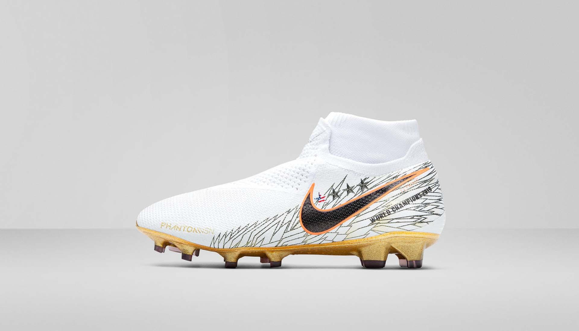 Nike 4-min.jpg