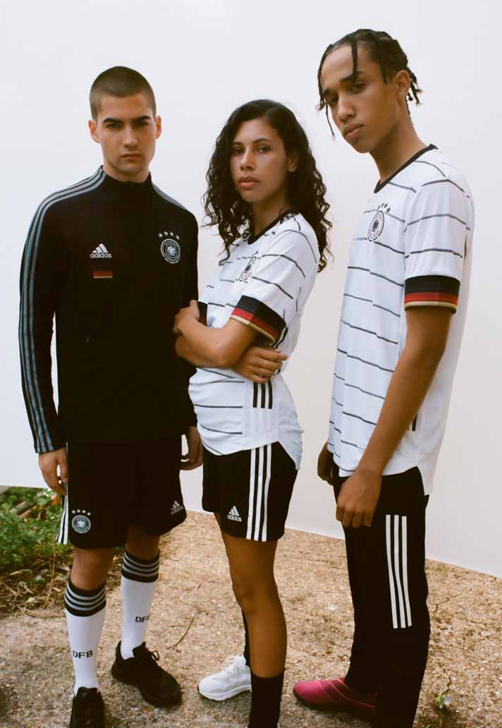2-germany-2020-home-shirt-min.jpg