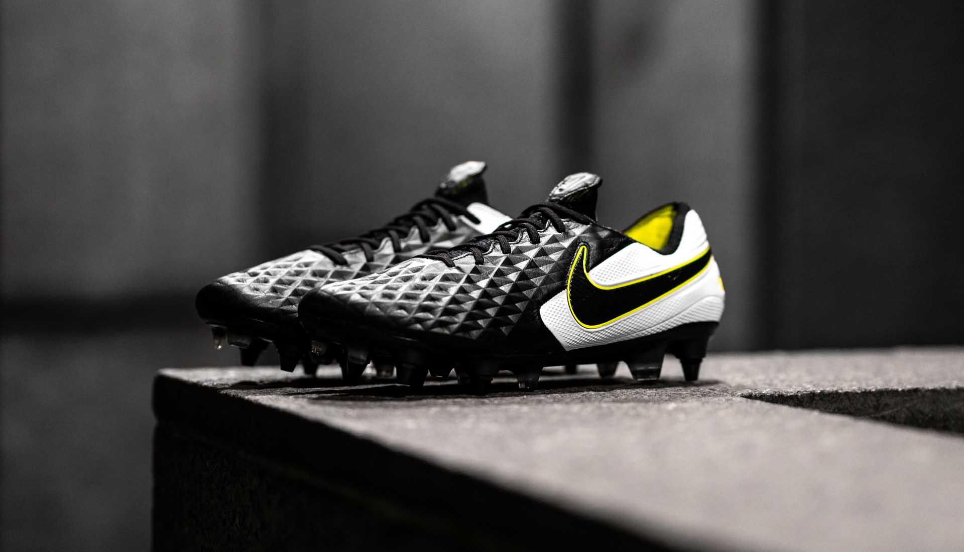 partícipe Subir y bajar Dispensación  Nike Launch The Tiempo Legend VIII