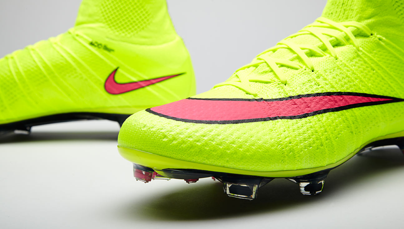 sports shoes 7c7be c1b12 Nike Mercurial Superfly IV