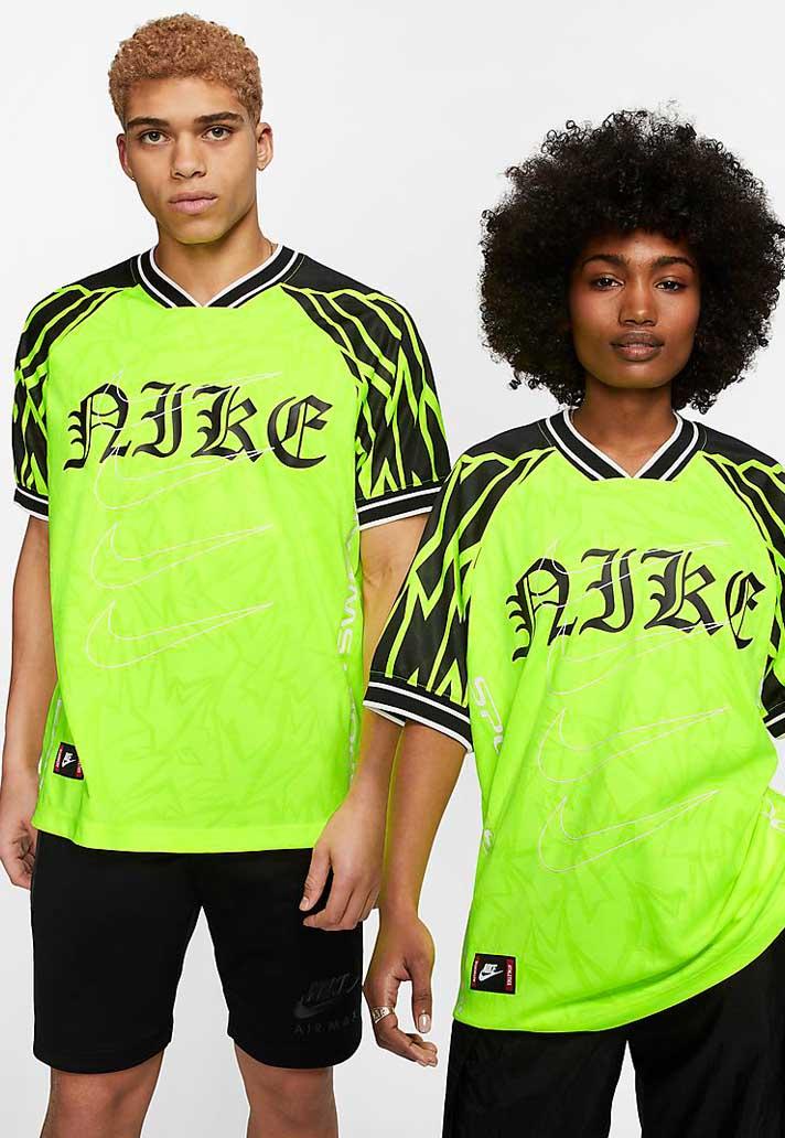Mesa final Desgracia medio  Nike Draw Influence From BVB Classic For New Sportswear Shirt - SoccerBible