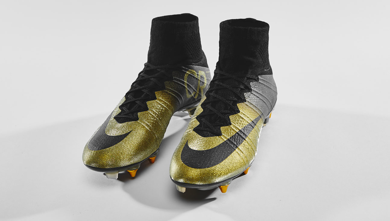 first rate dd8cf 71c90 Closer Look | Nike Mercurial CR7 Rare Gold - SoccerBible