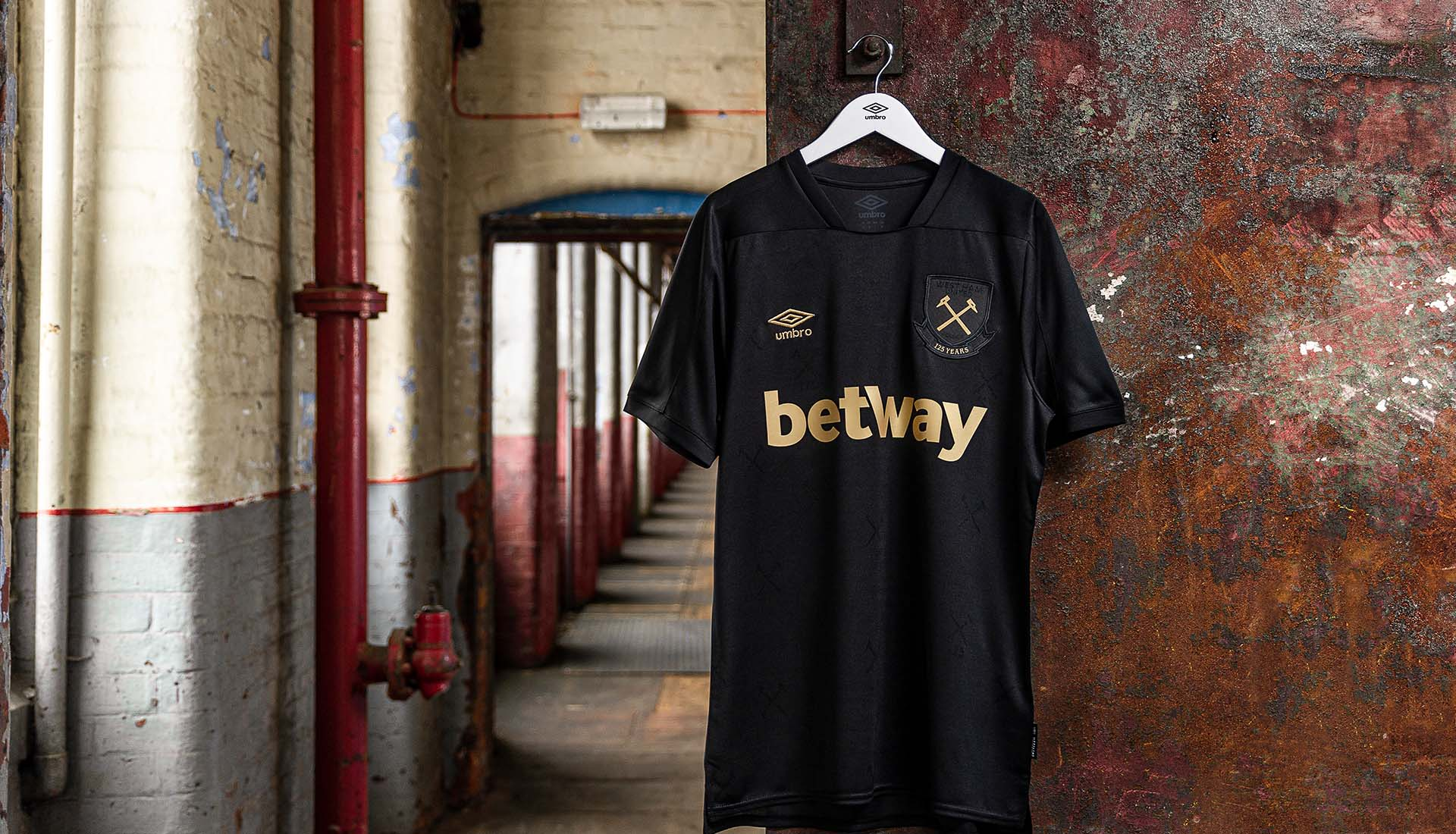 Umbro Launch West Ham 20 21 Third Shirt Soccerbible