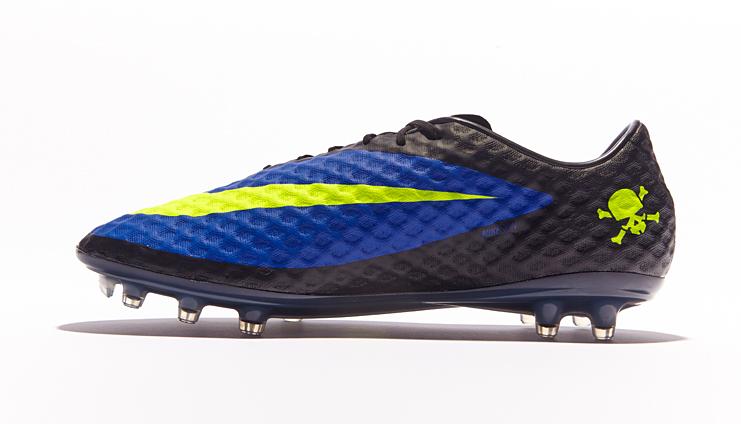 official photos b0528 6a394 Nike HyperVenom Phantom - Blue/Volt/Black - SoccerBible