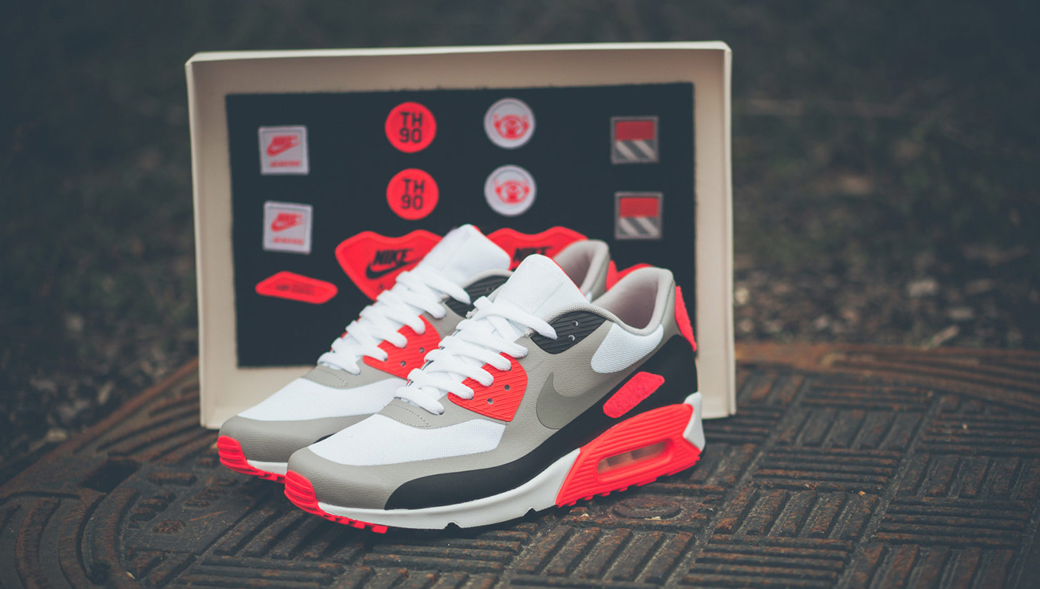 Peregrino Acostumbrados a Inconsciente  Nike Launch Air Max OG 'Patch' Pack - SoccerBible