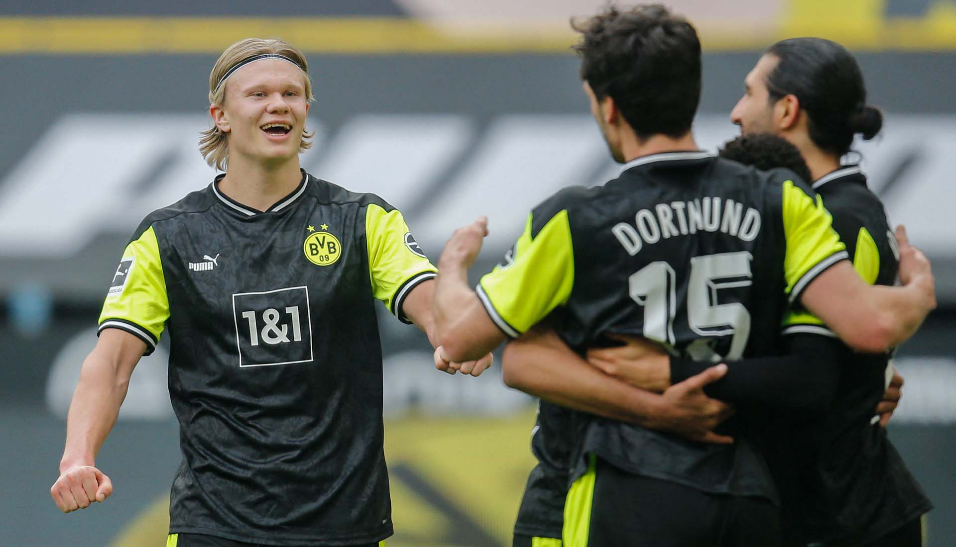 Borussia Dortmund Debut Their Special Retro Edition PUMA Kit ...