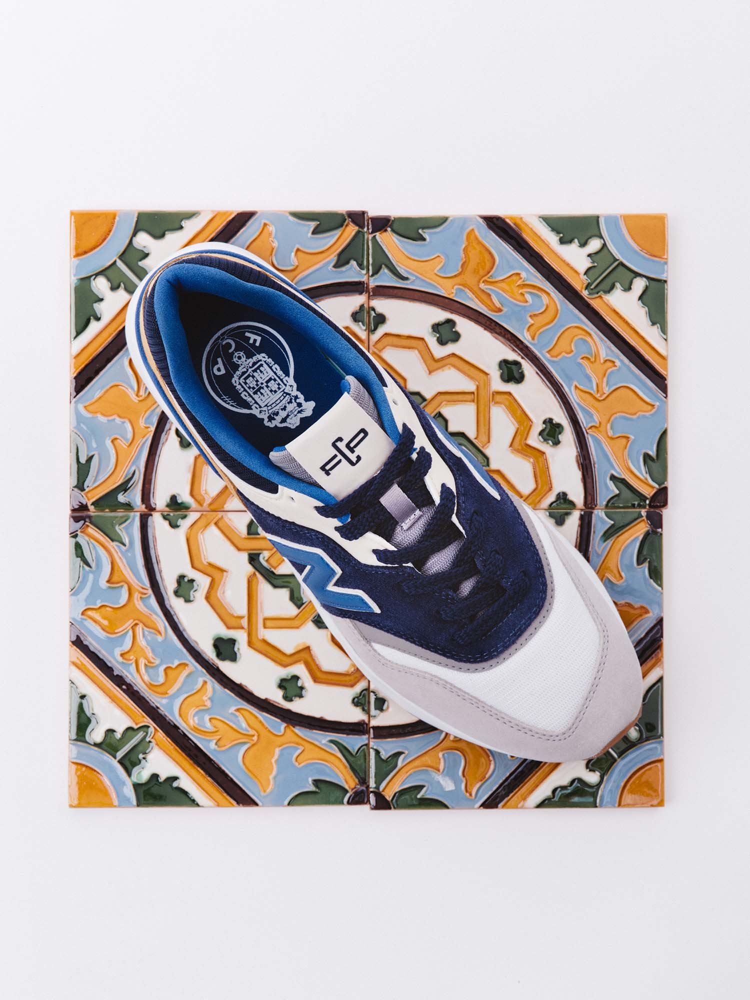 New Balance Drop 'FC Porto' 997H Sneaker - SoccerBible