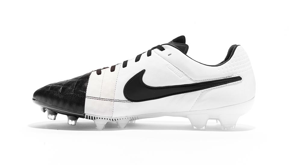 new arrival 884f0 d46a7 Nike Drop Classic Tiempo Legend V Colour Up - SoccerBible