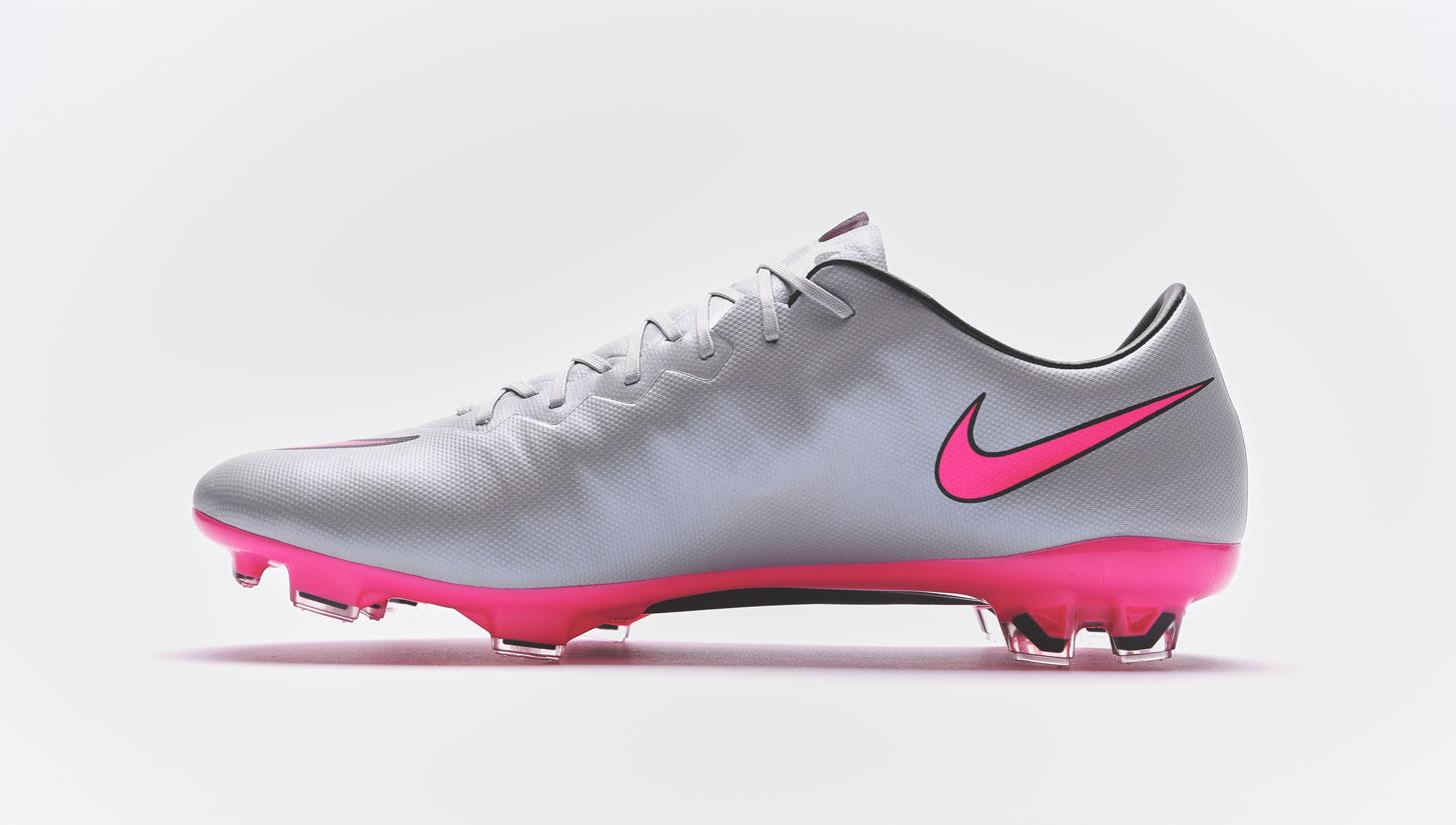 low priced f0626 0b578 Nike Mercurial Vapor X