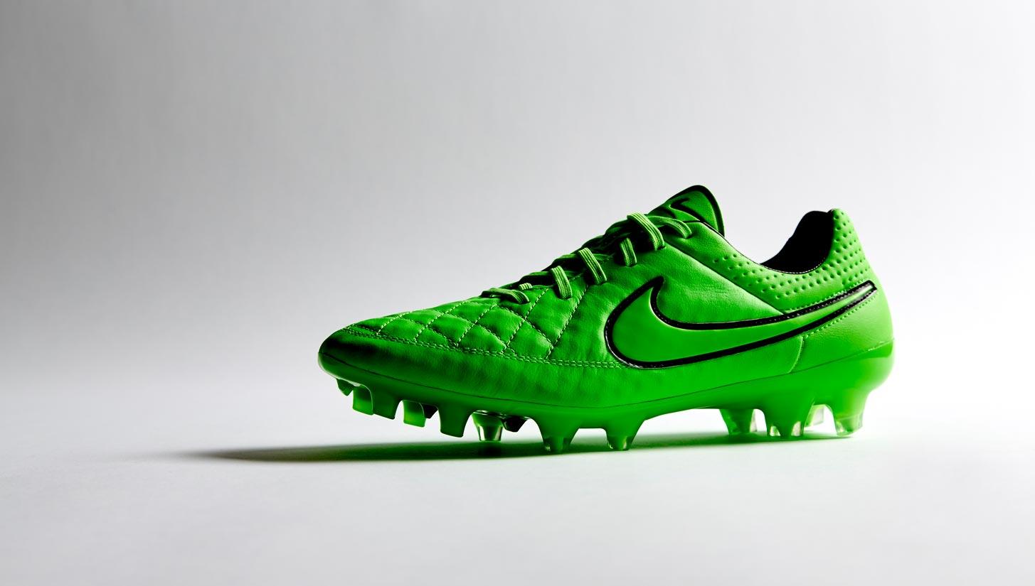 outlet store e5412 97acf Nike Tiempo Legend V