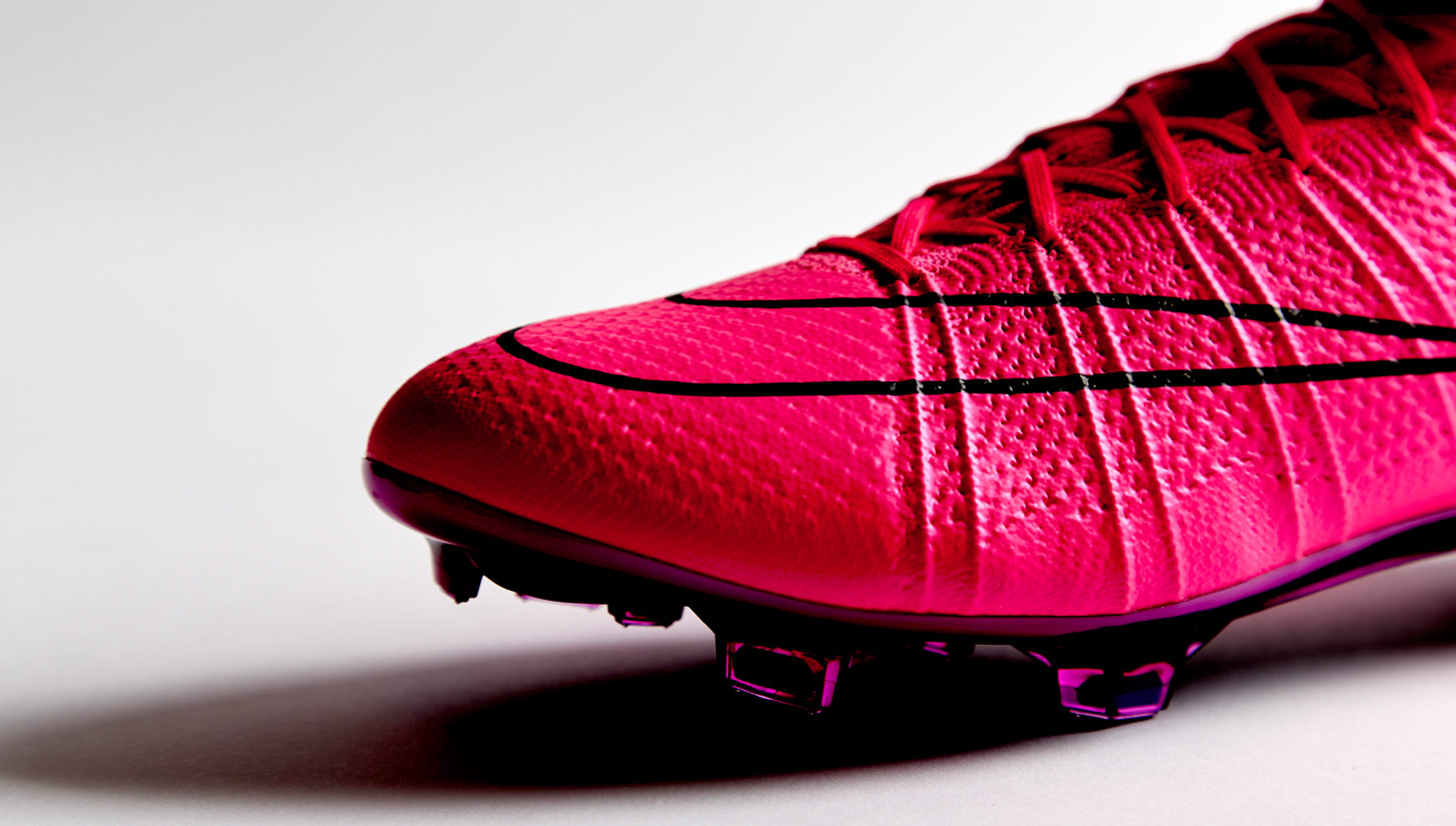 nike mercurial superfly iv hyper pink soccerbible. Black Bedroom Furniture Sets. Home Design Ideas