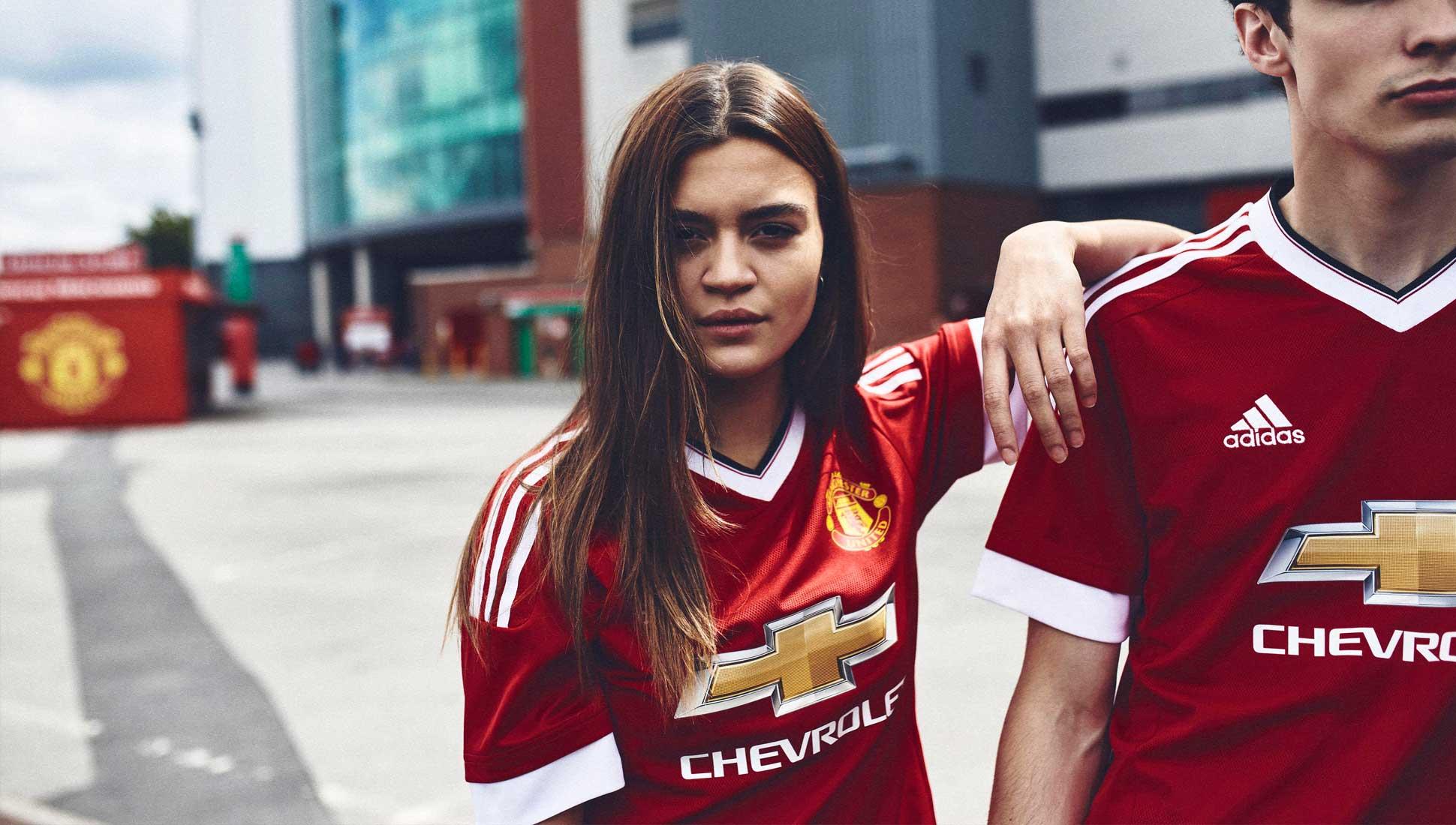 sale retailer 198dd 1aeed Man Utd Shirts 2015 16 - DREAMWORKS
