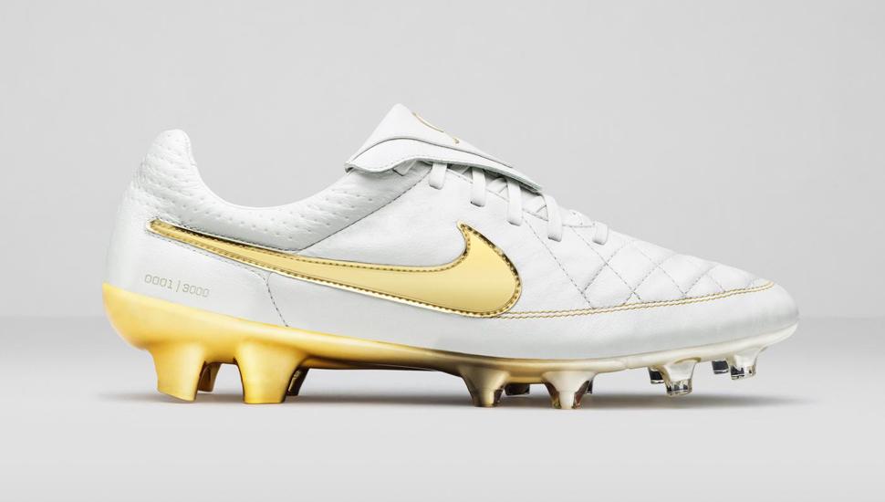 designer fashion c568f 1ca7a Nike Tiempo Legend