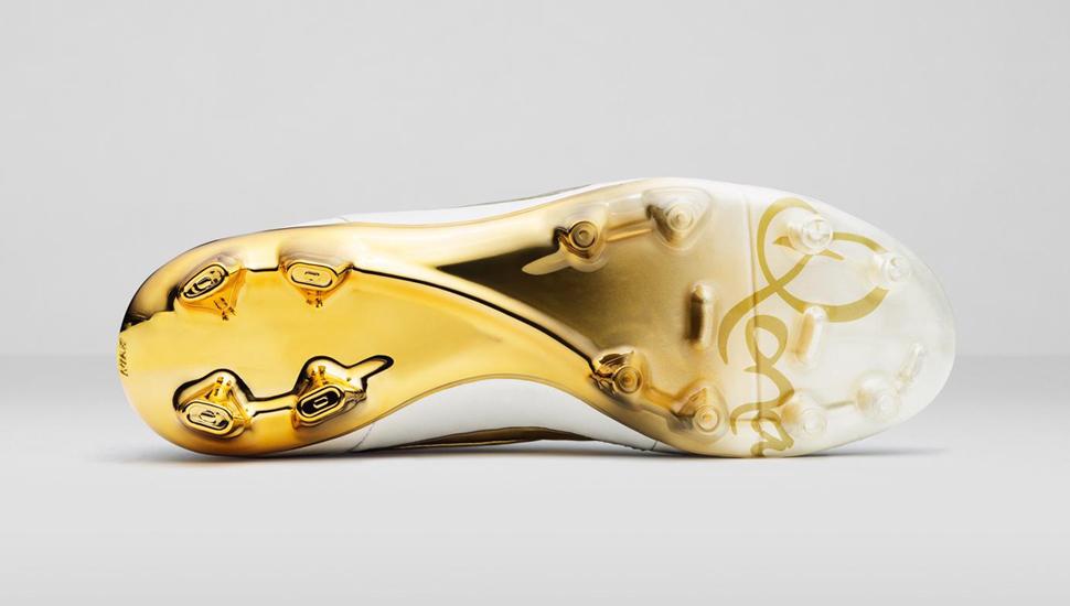designer fashion 0488e 92d4e Nike Tiempo Legend