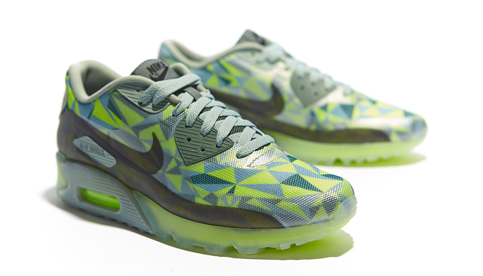"""Nike Launch Air Max 90 """"ICE"""" Pack SoccerBible"""