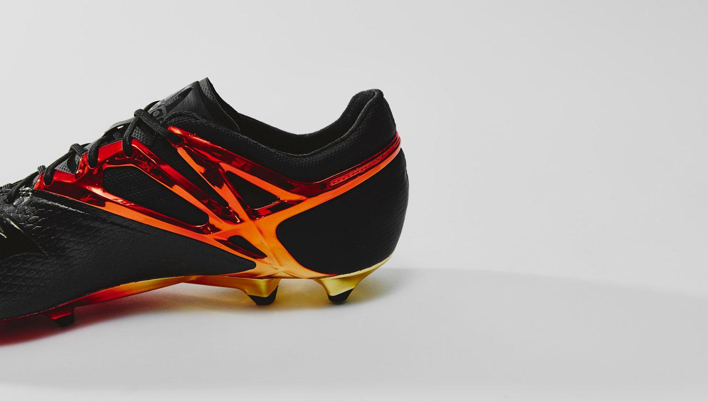 huge discount 47e72 4daba Closer Look   adidas Messi 10 10