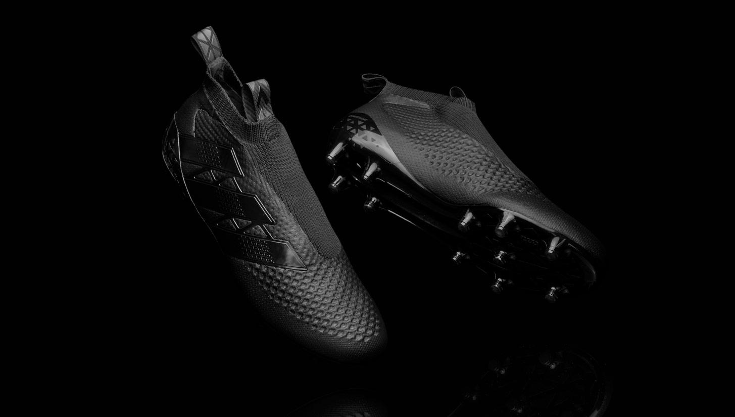 4f9a8f3b adidas Unveil 'Laceless' Technology - SoccerBible