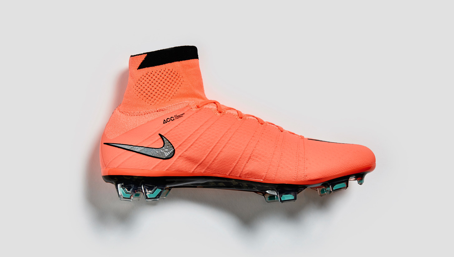 best service ee7b7 3801e Nike Mercurial Superfly IV