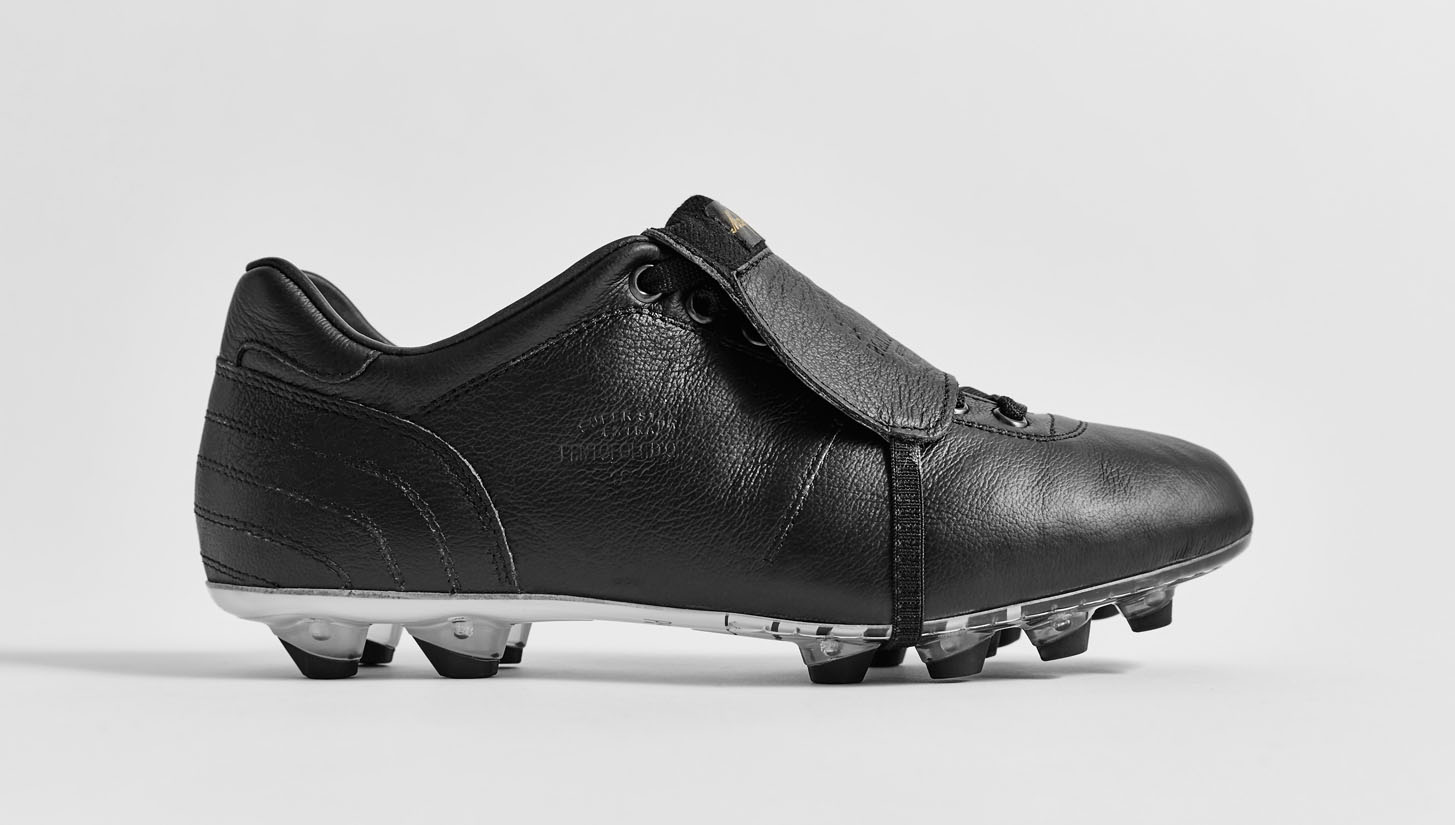 "Pantofola d'Oro Lazzarini Tongue ""Black/Gold"" - SoccerBible"