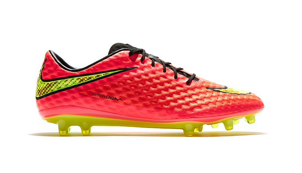 meilleure sélection 9037b 1f887 Nike Drop HyperVenom World Cup Colourway - SoccerBible