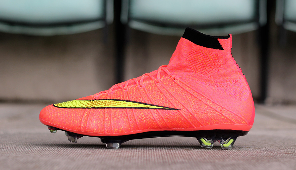 finest selection 7d869 c3d48 Nike Superfly IV | 10 Things You Need To Know - SoccerBible