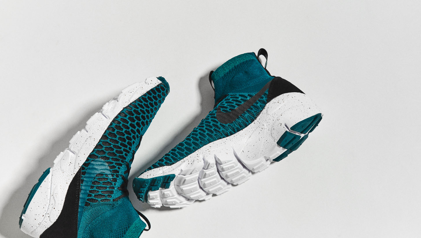 official photos bf6d6 08c8c Nike F.C. Air Footscape Magista