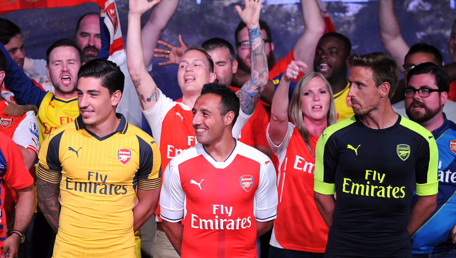 new styles 324a8 df5a3 Arsenal Launch 16/17 Away & 3rd Kits in LA - SoccerBible