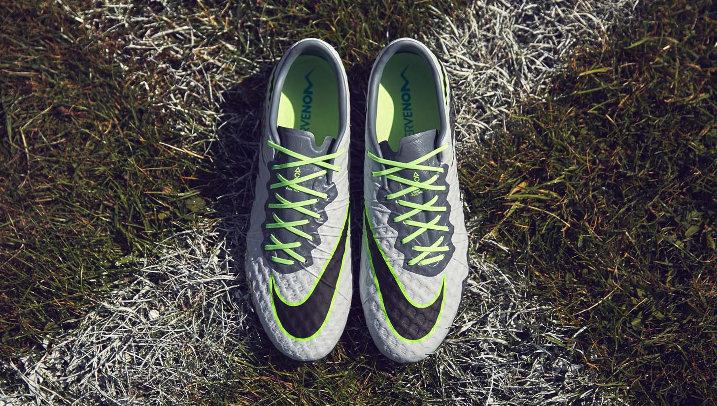 on sale c3a25 29900 Nike Hypervenom Phinish II