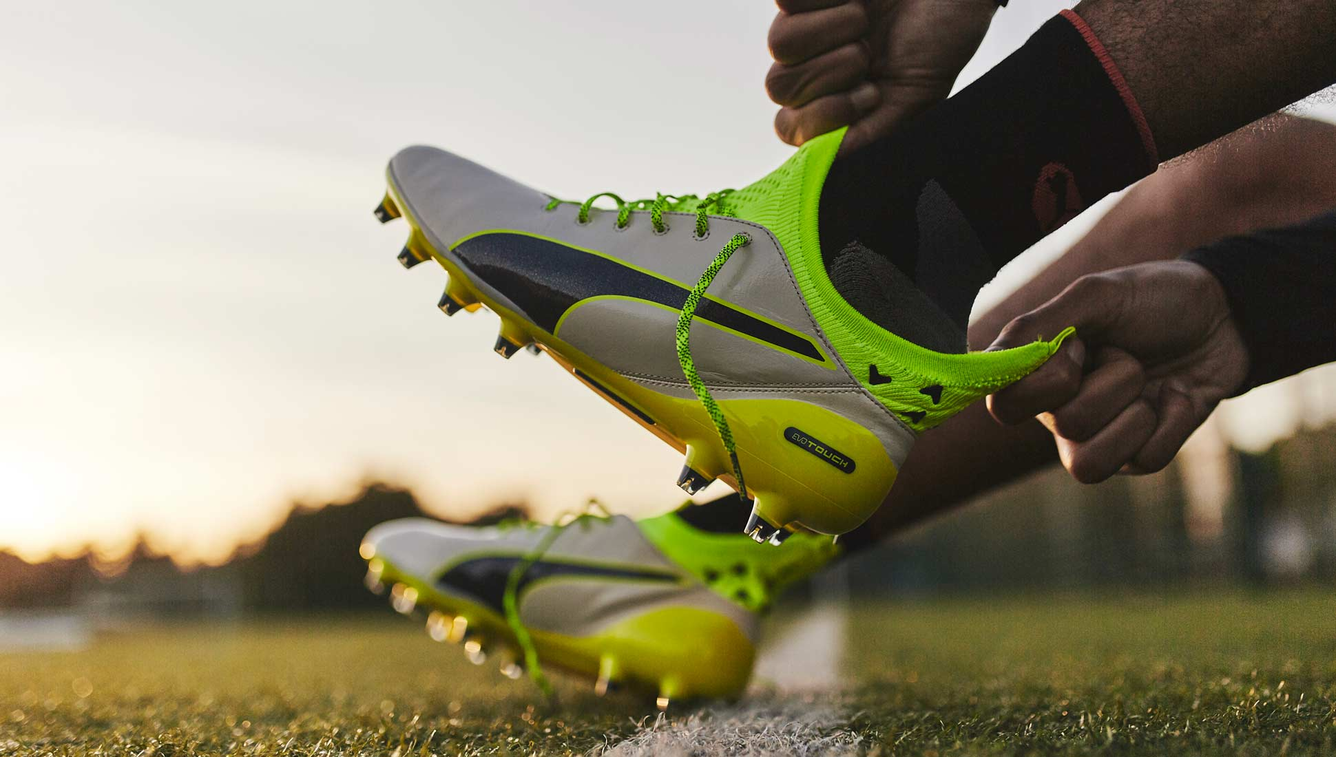 Laced Up  PUMA evoTOUCH Pro Review - SoccerBible d7cfe0a58