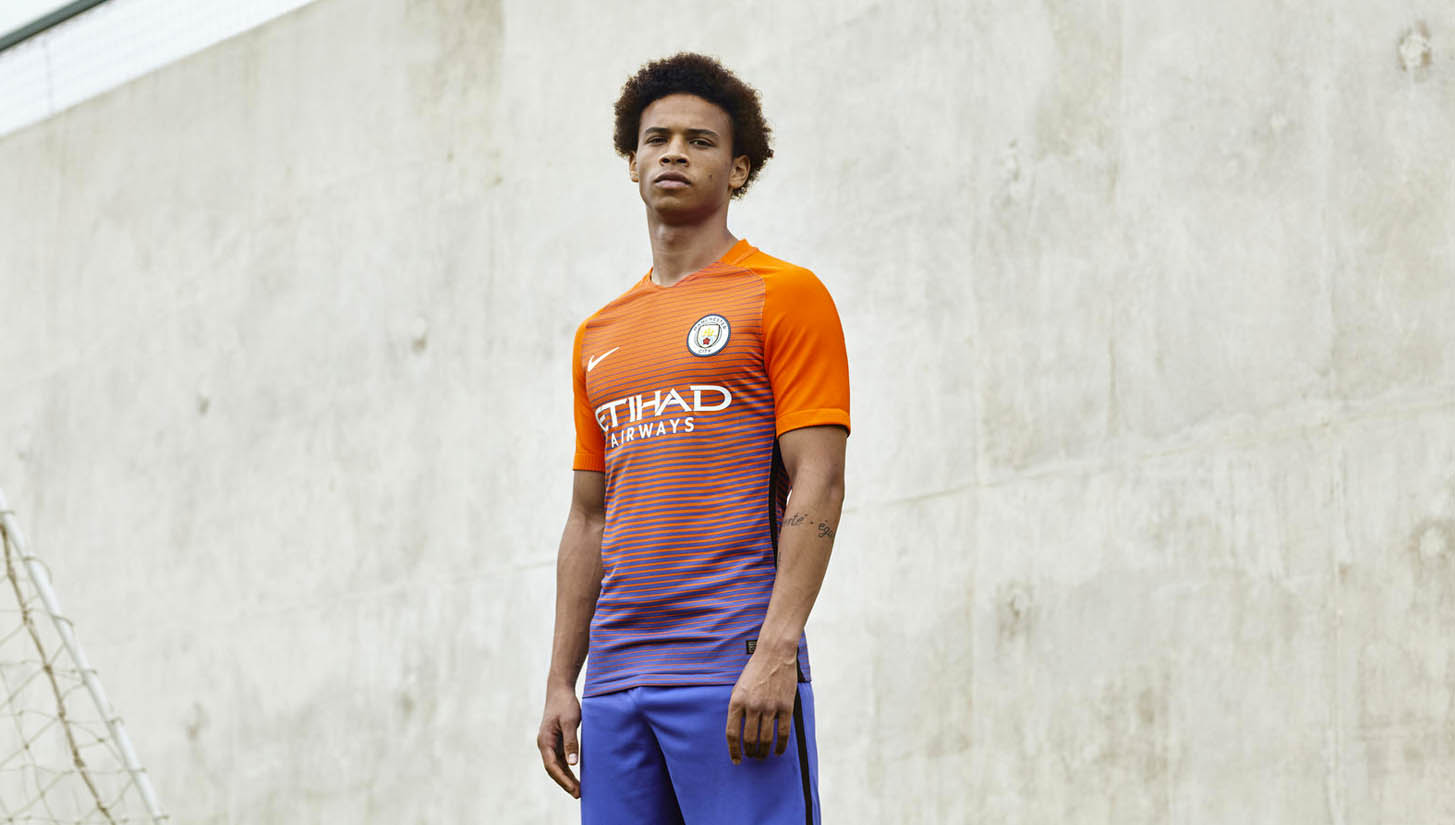 new concept 713b3 0357a Nike & Manchester City Launch 16/17 Third Kit - SoccerBible