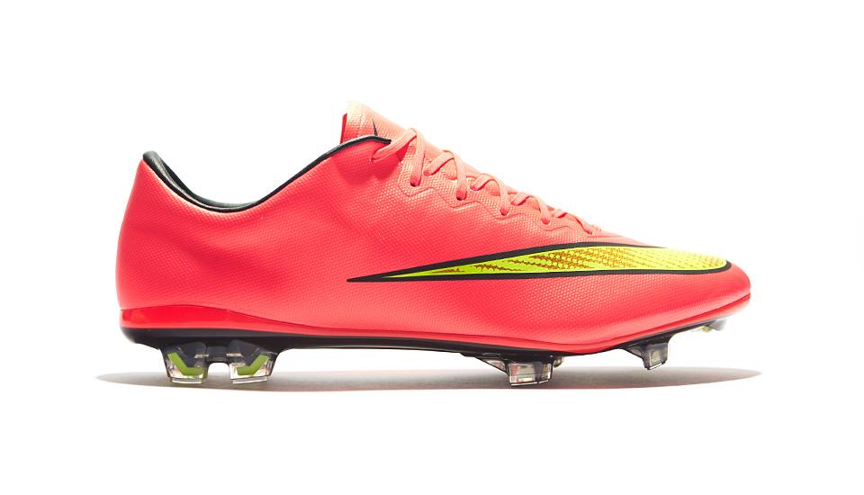 Nike Mercurial Vapor X Football Boots - SoccerBible 5102fa0df