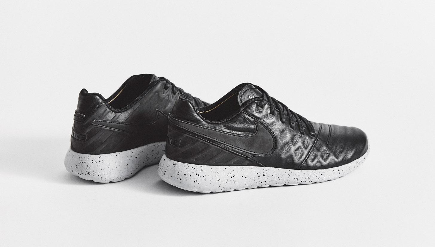 pretty nice 7e556 df2c0 Nike Roshe Tiempo VI Trainers - SoccerBible