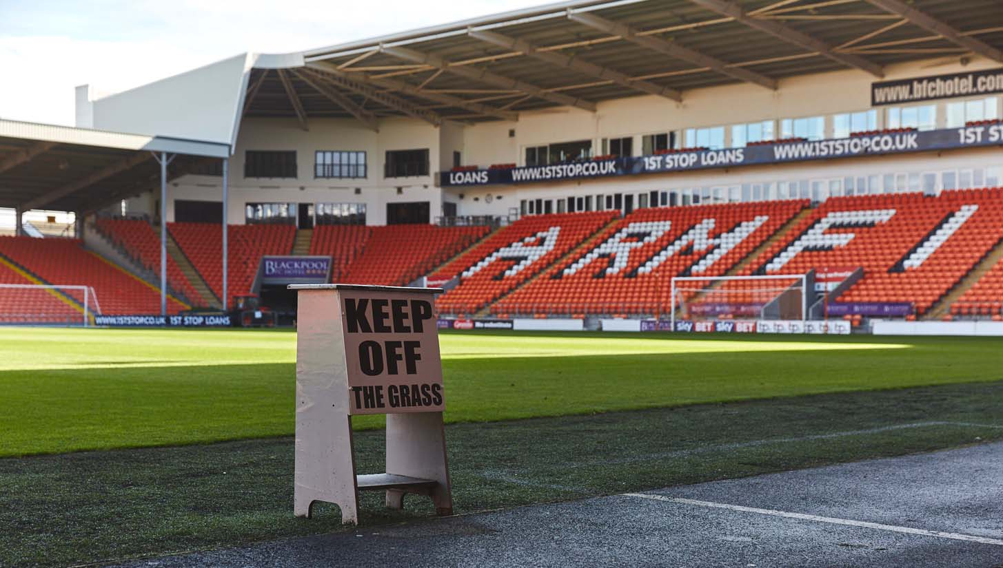 Residence Bloomfield Road Blackpool Fc Soccerbible