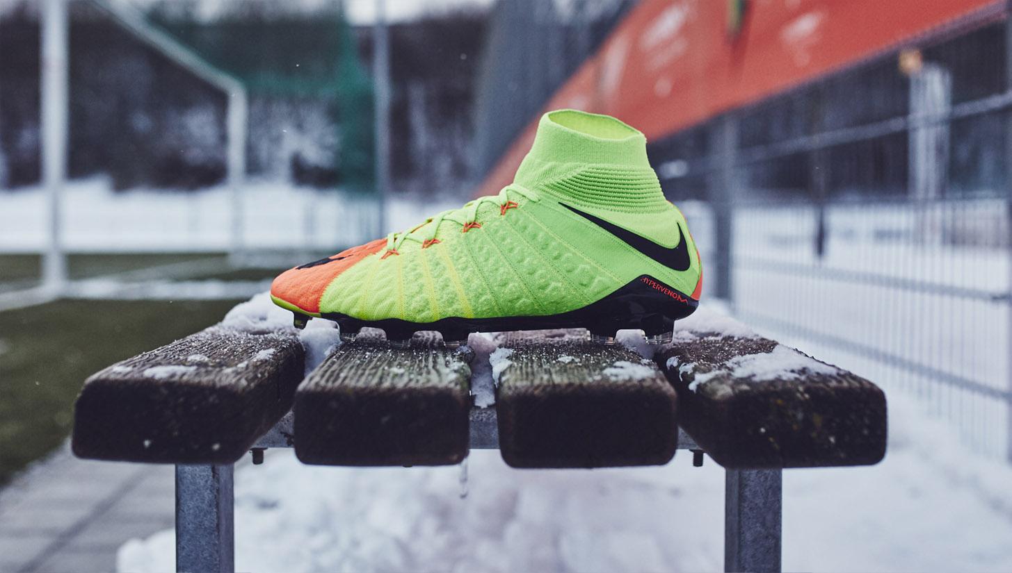 Nike Hypervenom Phantom 3 Football
