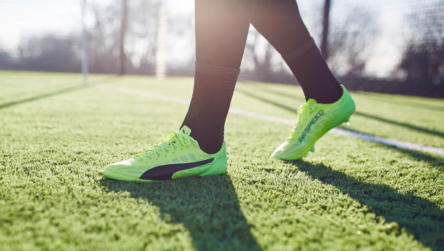 PUMA evoSPEED 17.SL Football Boots Review - SoccerBible