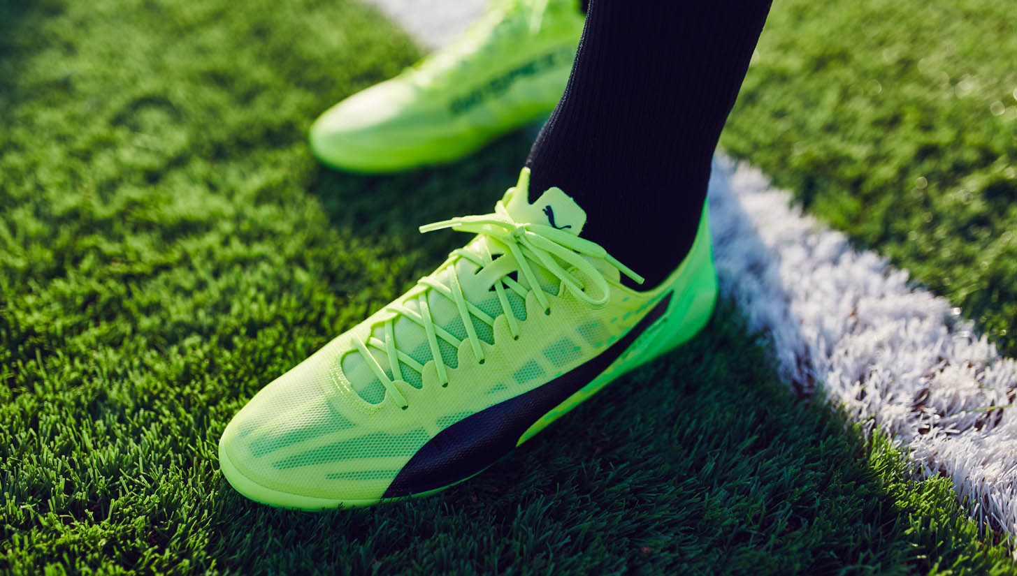 cheap for discount 0df0f da1fb PUMA evoSPEED 17.SL Football Boots Review - SoccerBible.