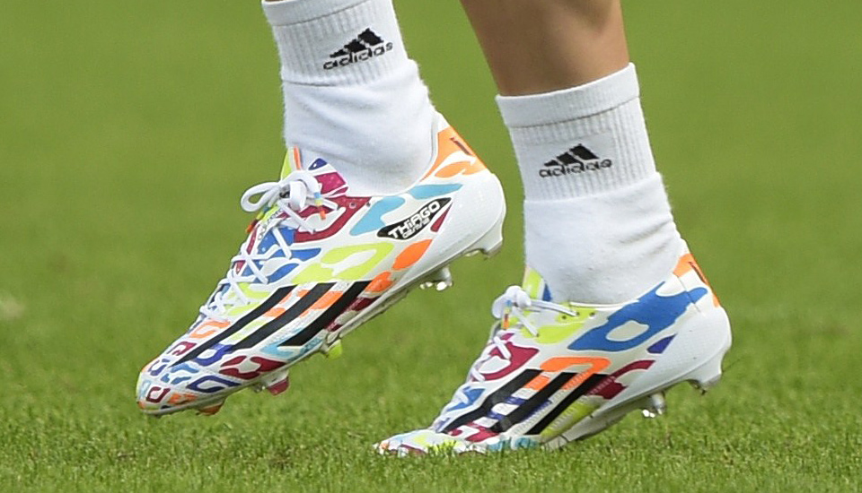 7c0ab0584 Birthday Boy Messi Trains in Exclusive F50 - SoccerBible