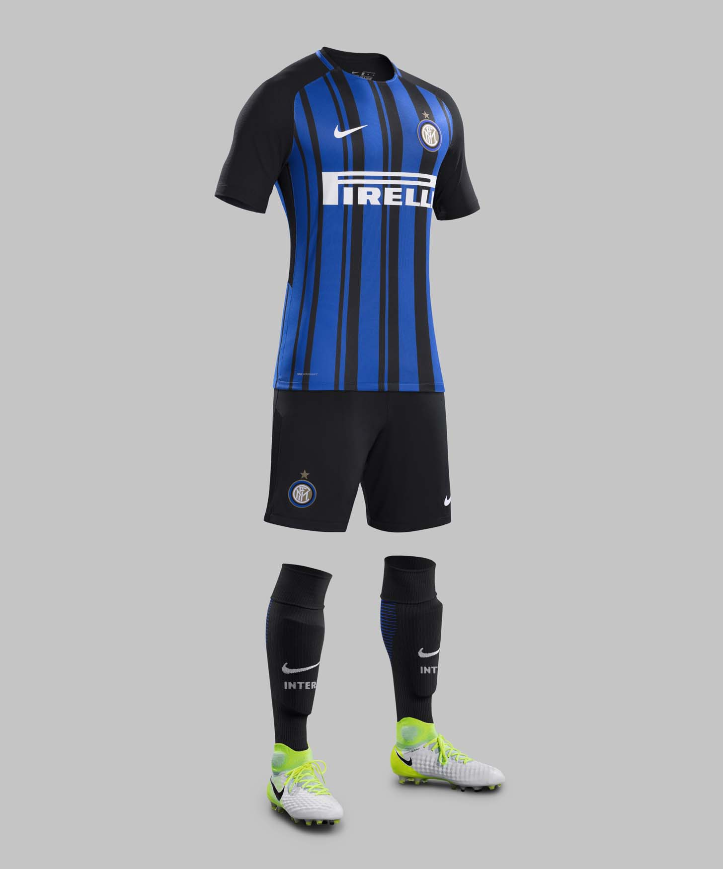 big sale 6f5af 9d55a Inter Milan 2017/18 Nike Home Shirt - SoccerBible
