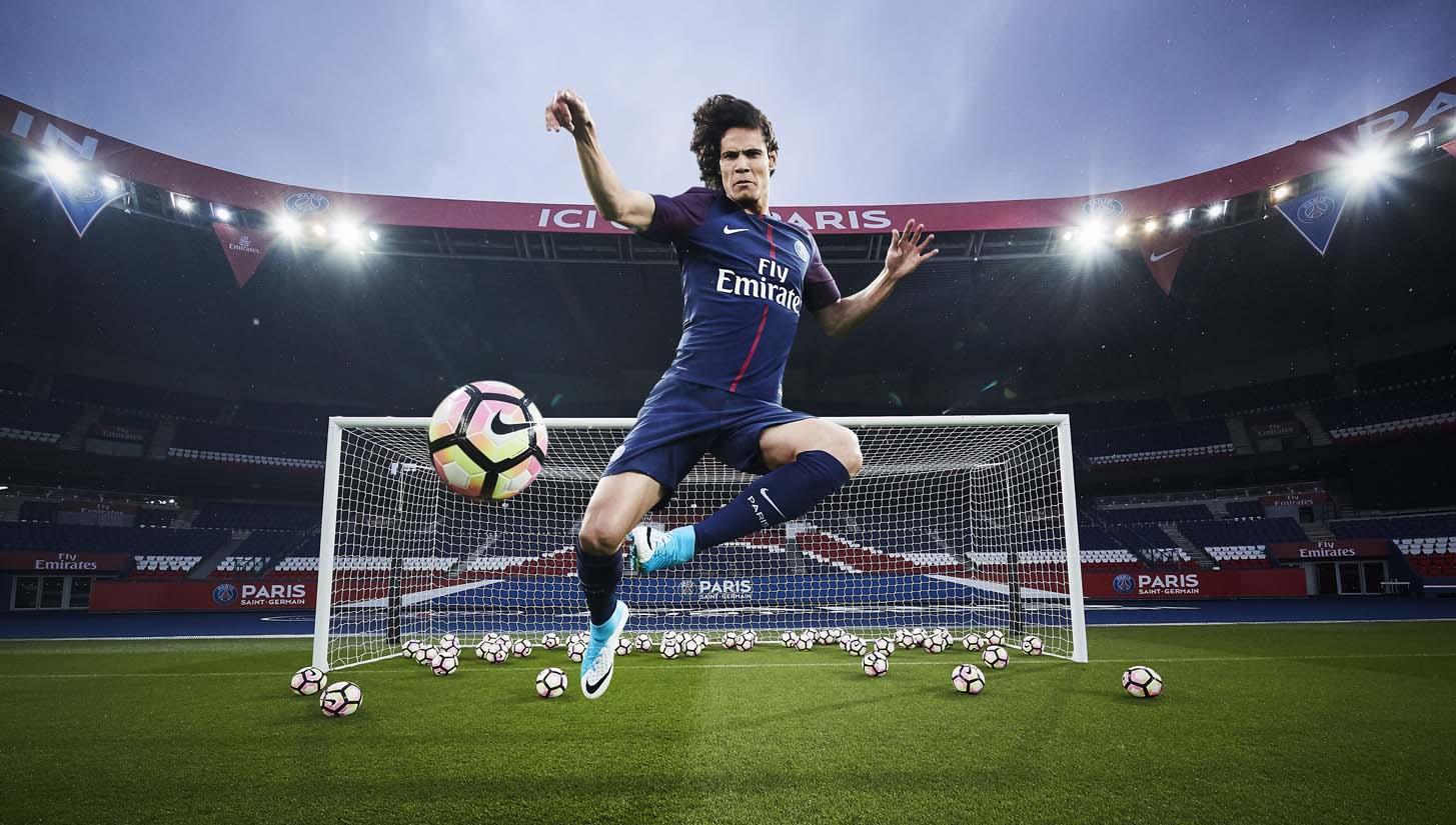 f5463bf3e6b PSG 2017 18 Nike Home Shirt - SoccerBible