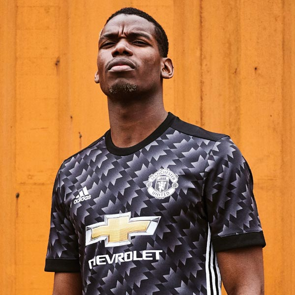 b8c55c4c4c2 Our Top 10 Nike Man United Kits - SoccerBible