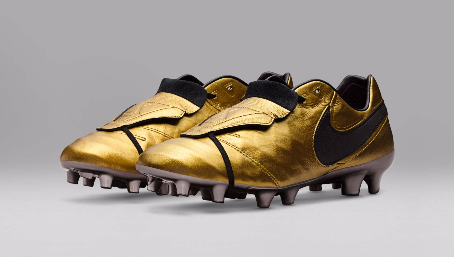 detailed look 76aaa 618df Nike Tiempo Legend Totti Football Boots - SoccerBible