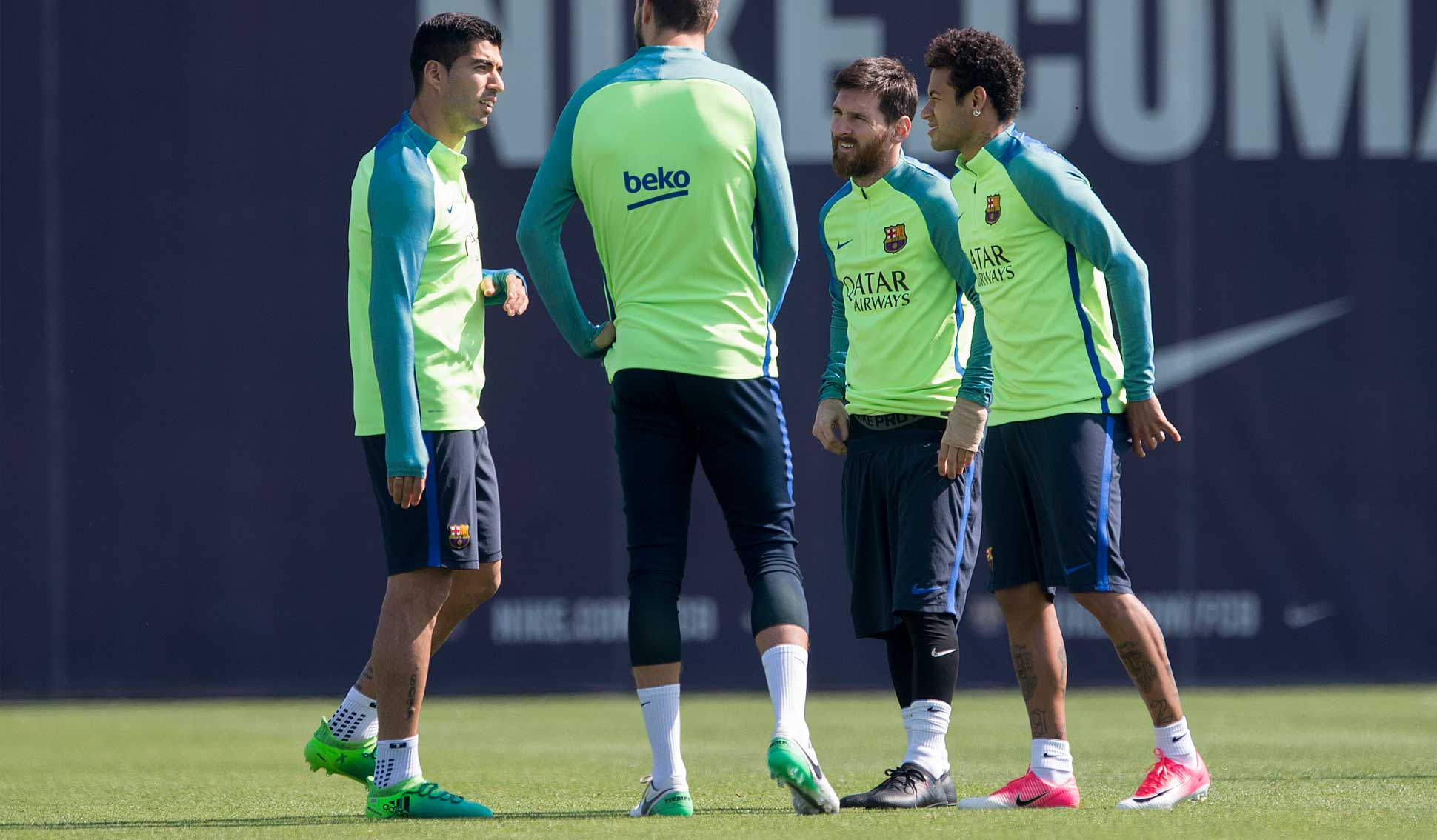 71be29584c31 Messi Trains In Blacked Out Unreleased adidas Football Boots ...