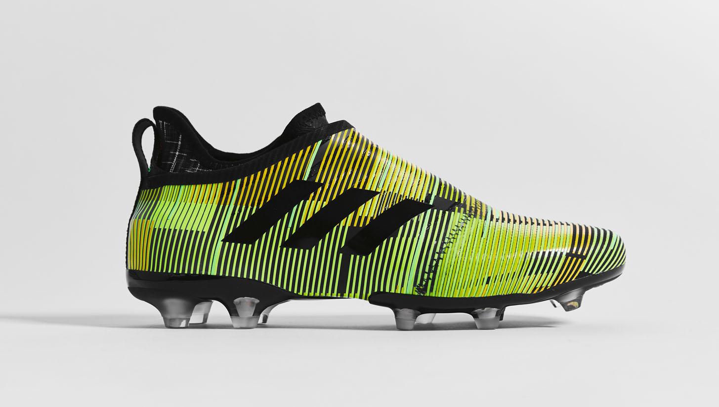 c81a97896c53 adidas Glitch 17 Football Boots - SoccerBible
