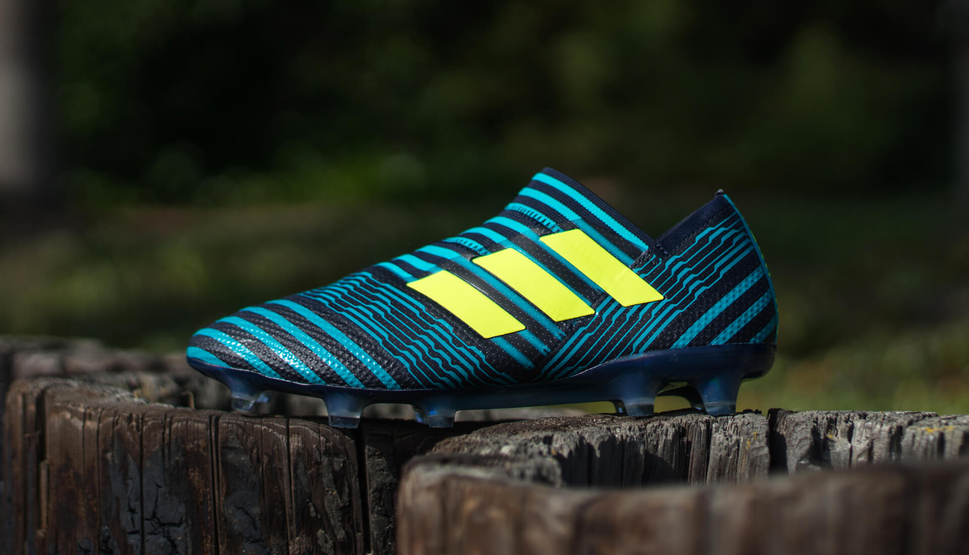 Adidas soccer boots messi