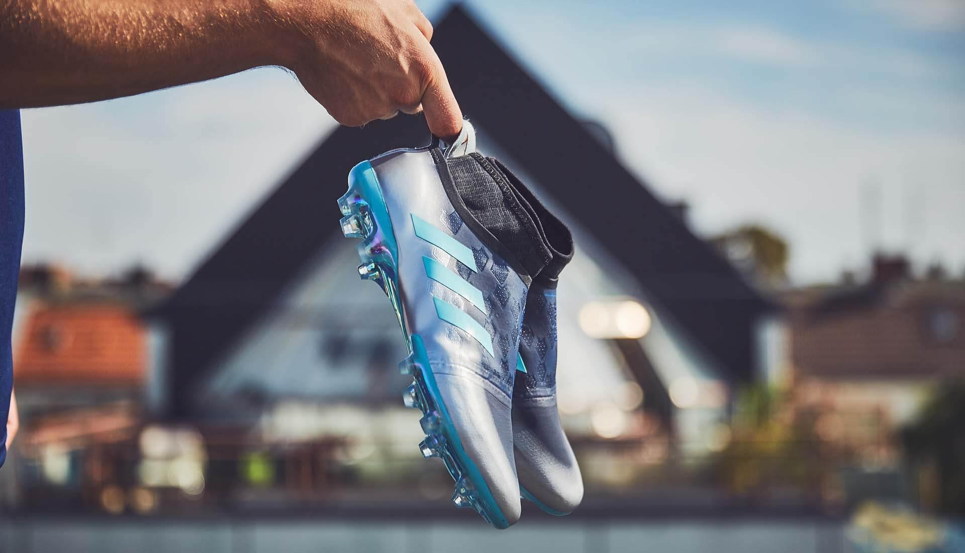 3b4beedb72d9 adidas Glitch 17 Fluido Football Boots - SoccerBible