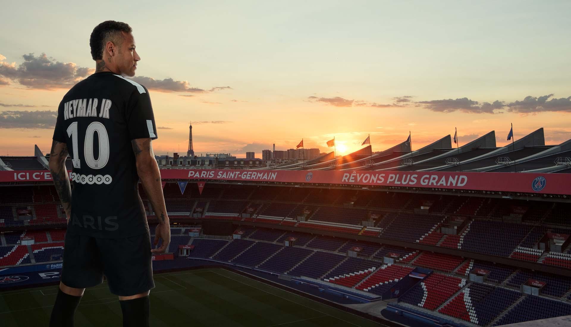 Neymar Reveals PSG 17/18 Nike Kit Third Kit Nike SoccerBible 84ea1c