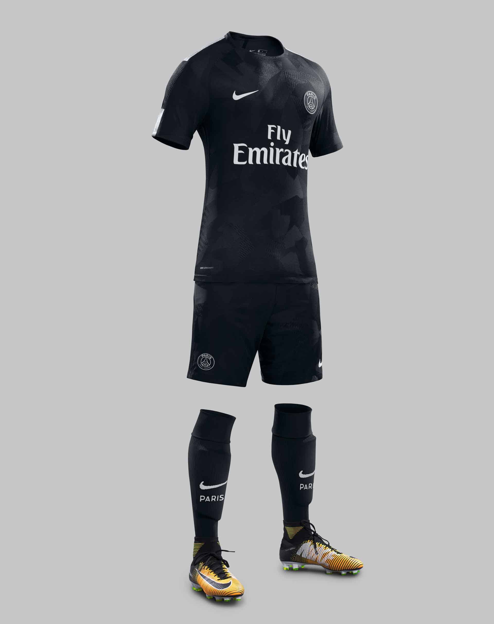 63a233f5b21 Neymar Reveals PSG 17 18 Nike Third Kit - SoccerBible